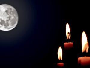 Свечи и луна